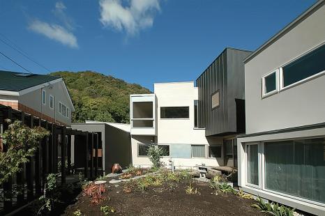 HOUSE M annex