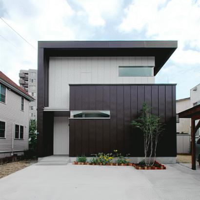 HOUSE MANYO