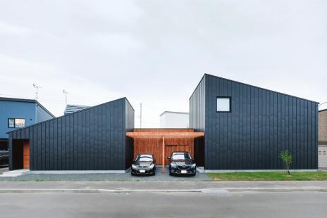 nico屋根の家
